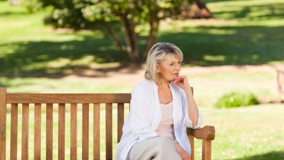 Хормонален дисбаланс при менопауза – съвети за справяне с проблема
