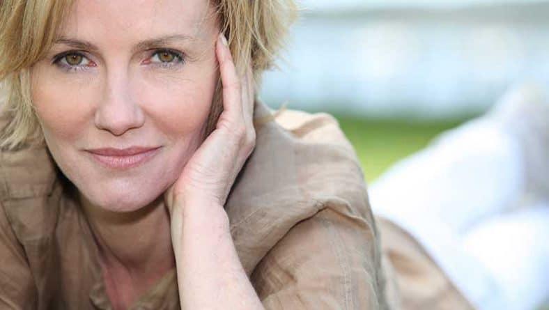 Промени в женското настроение през менопауза – полезни насоки