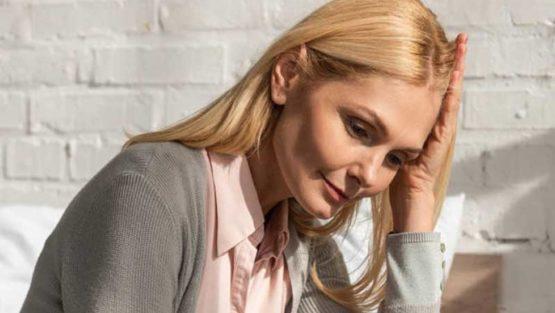 Замайване при менопауза – причини и начини за справяне
